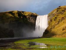 Wild water – catch a drop of Skógafoss!