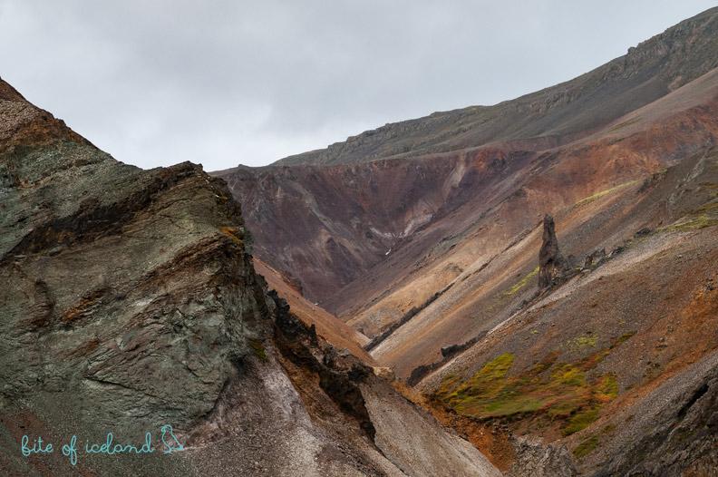 Hvannagil Canyon hike
