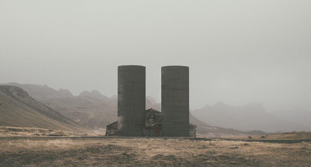 abandoned-places-iceland-abandoned-farm-reykjanes