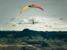 Paragliding in Iceland – the art of flying