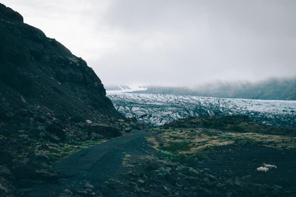 Iceland tourist attractions Skaftafell Vatnajokull