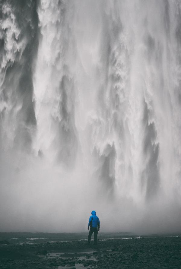 Kurtka Fjord Nansen Idunn recenzja test wodospad Skogafoss Islandia